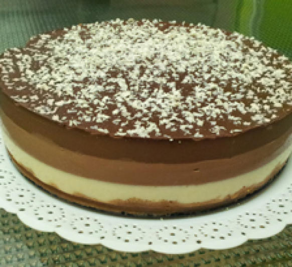 Tarta Tres Chocolates con Thermomix®