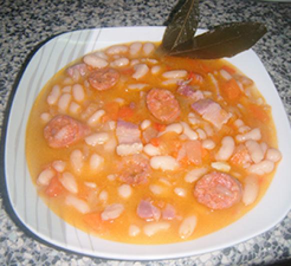 Judías Blancas Con Chorizo.